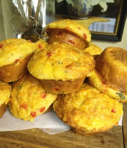 Broccoli Cheddar Breakfast Muffins