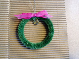 Christmas Ornament Wreath for Fudge Gift
