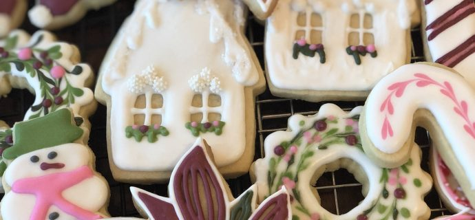 How to decorate Christmas sugar cookies decorated in royal icing; houses and wreaths
